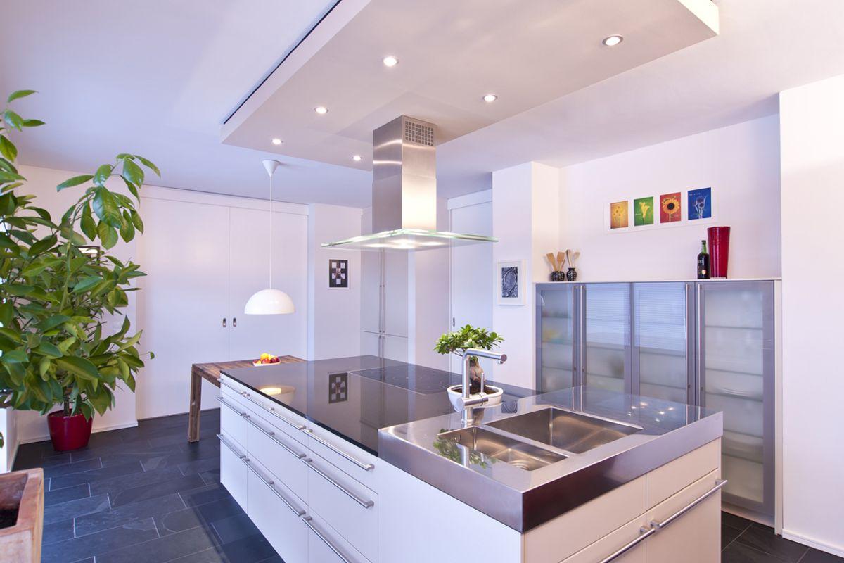 satteldach dreigiebelhaus iqhausbau. Black Bedroom Furniture Sets. Home Design Ideas